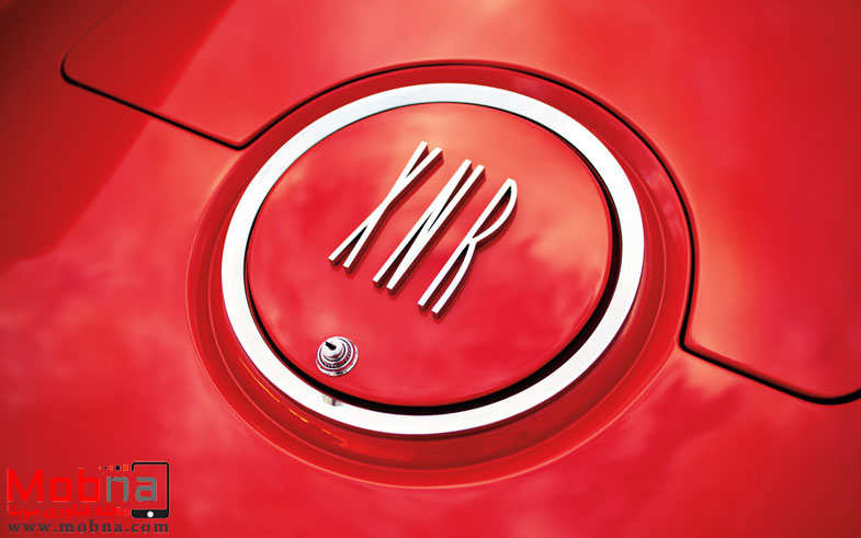 ۱۹۶۰-plymouth-xnr-concept-car-badge