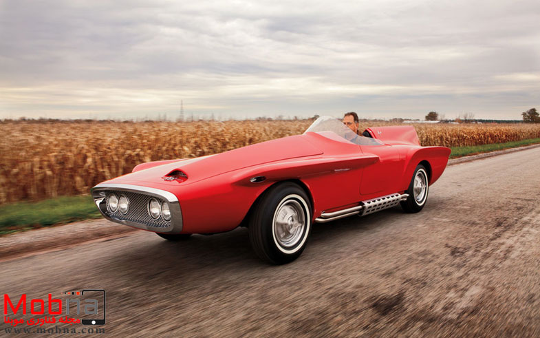 ۱۹۶۰-plymouth-xnr-concept-car-front-three-quarters-in-motion