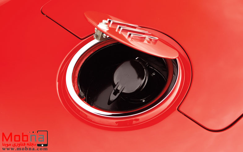 ۱۹۶۰-plymouth-xnr-concept-car-gas-cap