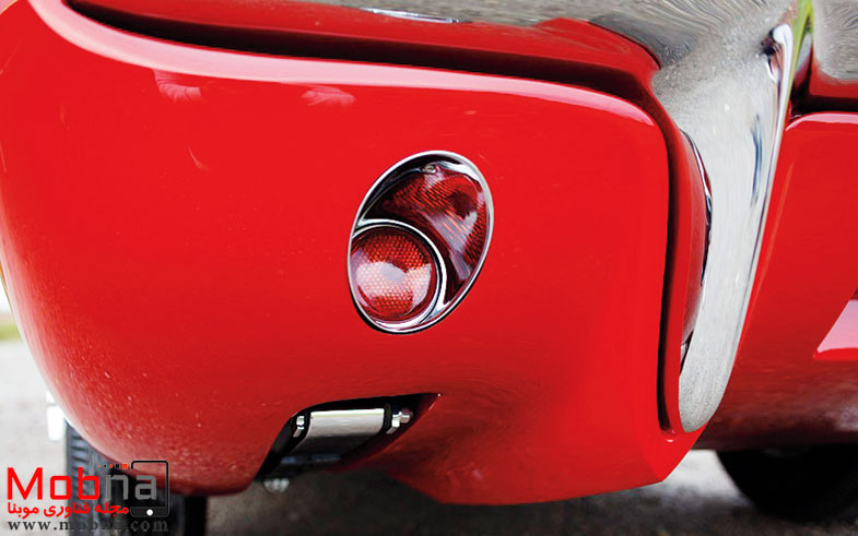 ۱۹۶۰-plymouth-xnr-concept-car-rear-taillight