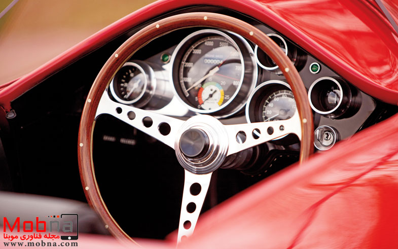 ۱۹۶۰-plymouth-xnr-concept-car-steering-wheel